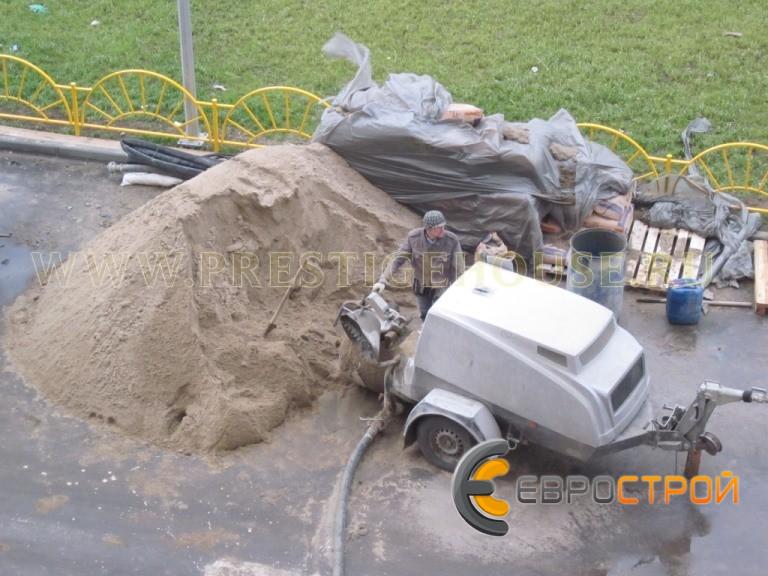 Цементный раствор полусухой стяжки чем резать блоки из керамзитобетона
